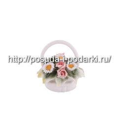 Статуэтка фарфоровая. Корзинка  со цветами d-6, h-6 см