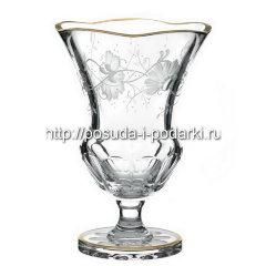 Прозрачная ваза для цветов