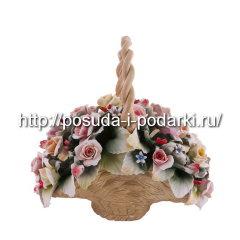 Статуэтка фарфоровая. Корзина вместе с цветами 06*19, h-24 см